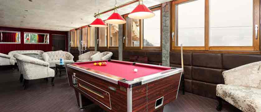 Hotel Le Mottaret - pool roon